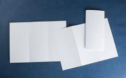 Aletta di filatoio di carta piegante bianca in bianco Fotografie Stock Libere da Diritti