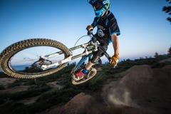Alex Grediagin chez Lair Jump Park dans la courbure, Orégon Photos libres de droits