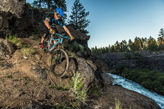 Alex Grediagin rides the Deschutes River Trail Royalty Free Stock Photography