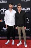 Alex Pall e Andrew Taggart dos Chainsmokers imagem de stock