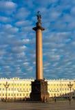 Alexander Column al quadrato del palazzo Fotografia Stock Libera da Diritti
