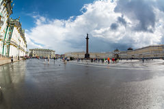 The Alexander Column in front of the Hermitage museum, St Peters Royalty Free Stock Photos