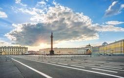 Alexander Column på slottfyrkanten Arkivfoto