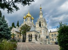 alexander domkyrka crimea nevsky ukraine yalta royaltyfri foto