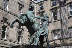 Alexander e statua di Bucephalus da Steell, camere della città su Roya Fotografia Stock