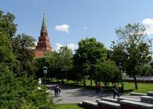 Alexander-Garten an den Wänden des Moskaus der Kreml stockbilder