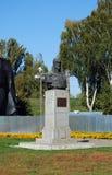 Alexander Nevsky-` s Skulptur auf der quadratischen nahen Transfigurations-Kathedrale Goldener Ring von Russland Pereslavl-Zaless Stockfotografie