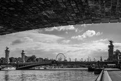 Alexander-` s Brücke in Paris Lizenzfreies Stockbild
