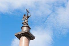 Alexander-Spalte in St Petersburg Lizenzfreie Stockbilder