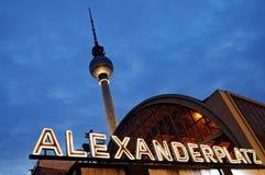 Alexanderplatz em a noite, Berlim, Fotografia de Stock