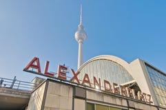 Alexanderplatz, no distrito central de Mitte de Berlim Fotos de Stock