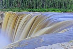 Alexandra Falls i lång exponering för Kanada ` s Northwest Territories Royaltyfria Foton