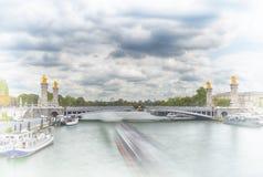 alexandre桥梁iii巴黎 免版税库存图片