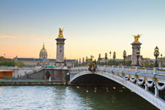 Alexandre桥梁III,巴黎 免版税库存图片