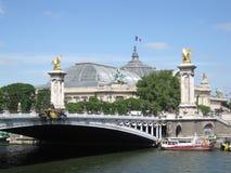 alexandre iii巴黎pont视图 库存照片