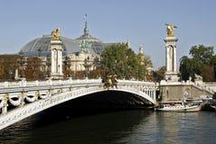 alexandre iii巴黎pont 免版税库存图片