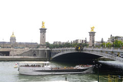 "« Alexandre III » bridge and the "" Grand Palais "" Royalty Free Stock Image"