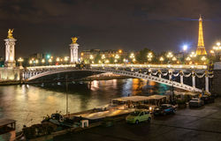 Free Alexandre III Bridge At Night In Paris Royalty Free Stock Photography - 36389277