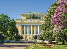 Alexandriinsky teater i St Petersburg Arkivbild