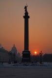 Alexandrijnkolom. Heilige-Petersburg. Rusland Stock Afbeeldingen