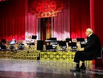 Alexandru Arsinel na scenie teatr magazyn Constantin Tanase obrazy royalty free