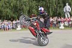 Alexei Kalinin Moto show i Verkhovazhye, Vologda region, Ryssland Arkivfoto