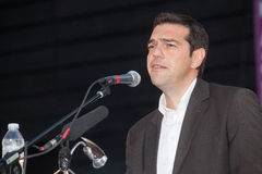 Alexis Tsipras es político de izquierda griego, jefe del SYRI imagenes de archivo