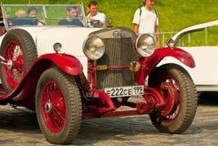 Alfa romeo 24HP del Rosso-Withe fotografie stock libere da diritti