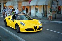 Alfa Romeo 4C - ścisły two-seater sportów samochód, testdrive Alfa Romeo lata wycieczka turysyczna 2016 w Santa Margherita Obrazy Stock