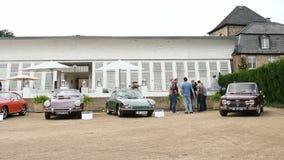 Alfa Romeo GIULIA 1300 carros e Porsche SUPER do sedan 911 carros de esportes filme