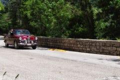 ALFA ROMEO GIULIETTA SPRINT 1957 stary bieżny samochód w zlotnym Mille Miglia 2017 sławna włoska dziejowa rasa 1927-1957 na Ma Zdjęcie Stock