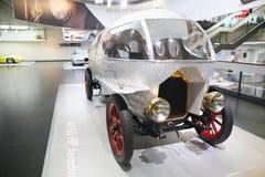 Alfa Romeo 40/60 modèle de HP Aerodinamica sur l'affichage au musée historique Alfa Romeo photographie stock
