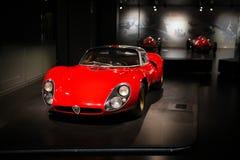 Alfa Romeo 33 Stradale sur l'affichage au musée historique Alfa Romeo photographie stock libre de droits