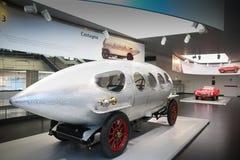 Alfa Romeo superbo 40/60 di modello di HP Aerodinamica su esposizione al museo storico Alfa Romeo immagini stock libere da diritti