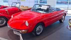 alfa samochodowy klasyczny młodzieżowy Romeo pająk Zdjęcia Royalty Free