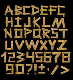 Alfabet - brieven van houten raad met klinknagels Stock Afbeeldingen