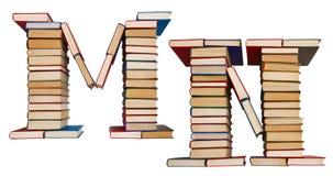 Alfabet som göras ut ur böcker, bokstäver M och N Arkivfoto