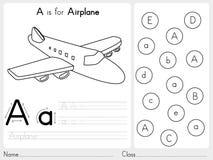 Alfabet A-Z Tracing och pusselarbetssedel, övningar för ungar - färgläggningbok Fotografering för Bildbyråer