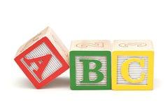 alfabetbakgrundsblock isolerade white Royaltyfri Bild