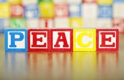 Alfabetet blockerar Spelling ut av fred Arkivfoton