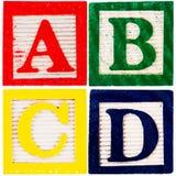 alfabetet blockerar trä Arkivfoton
