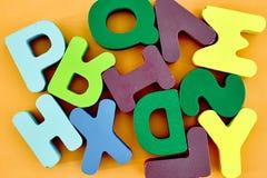 alfabetet letters trä Royaltyfri Foto