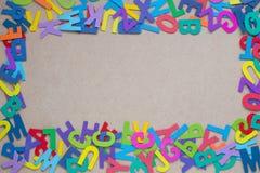 Alfabeti variopinti di legno casuali Fotografie Stock