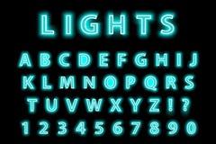 Alfabeto al neon blu d'avanguardia moderno su un fondo nero Fonte d'ardore delle lettere del LED Numero luminescente Vettore Immagine Stock