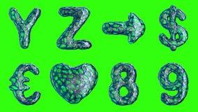 Alfabeto da plastica blu con i fori astratti isolati su un fondo verde Y Z, freccia, dollaro, euro, cuore, 8, 9 illustrazione di stock