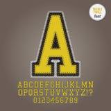 Alfabeto da sarja do equipamento e vetor amarelos do dígito Fotos de Stock Royalty Free