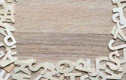 Alfabeto de ABC de la visión superior en el fondo de madera Foto de archivo