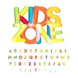 Alfabeto de la zona de los niños, estilo del caramelo, fuente de vector colorida Los niños van de fiesta, el alfabeto del cumplea stock de ilustración