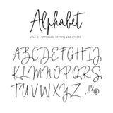 Alfabeto dibujado mano del vector Fuente moderna de la escritura de la firma del monoline Letras mayúsculas aisladas, iniciales e libre illustration