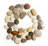 Alfabeto do trajeto de pedras do oceano Foto de Stock Royalty Free